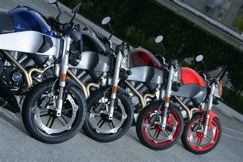 """Buell Motorcycle Company Launches """"Inside Pass""""   Top Speed"""