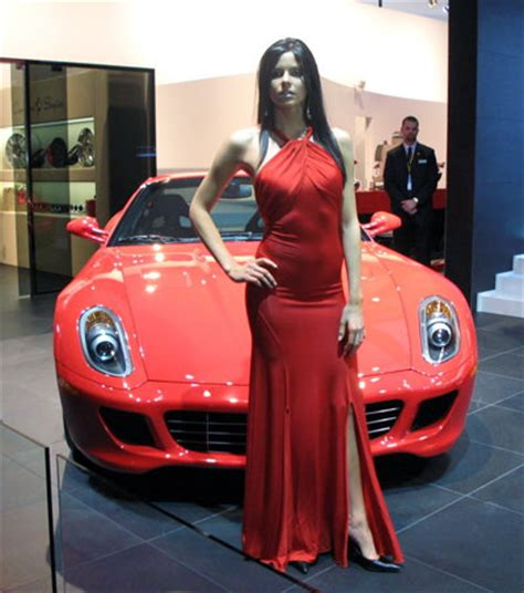 Top 10 Most Beautiful Women from the Detroit Auto Show
