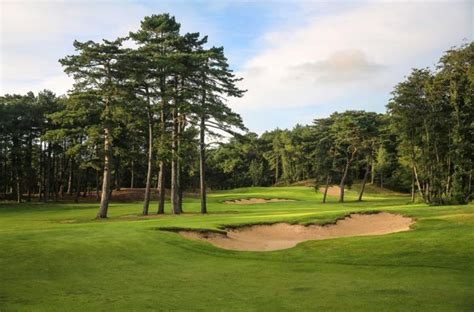 Les Pines Course, Golf d'Hardelot, Northern France - Book