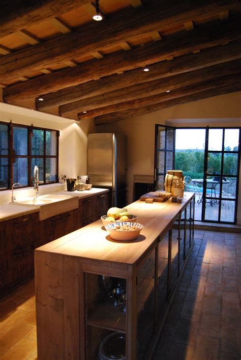 40 Cozy Chalet Kitchen Designs To Get Inspired | DigsDigs