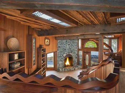 12 Houses That Are Straight Out Of 'Lord Of The Rings