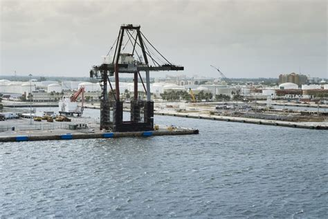 Port Everglades Will Purchase New Cranes - More Than Shipping