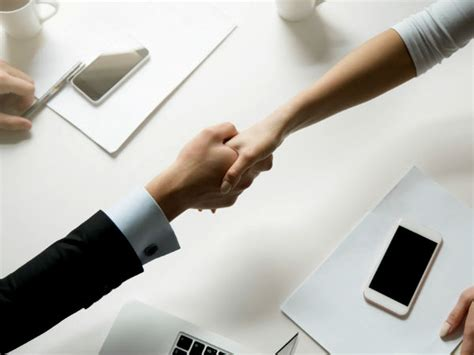 Are Handshakes Unhealthy? What Diseases Can You Get From