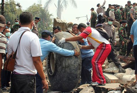Death Toll Rises to 142 After Indonesian Military Plane