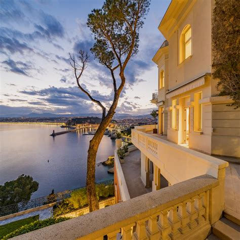 Sean Connery' Bond-style home in Nice is up for sale via