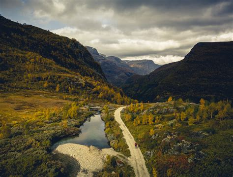 How to Cycle the Rallarvegen Bike Route from Finse to Flåm