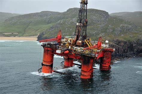 Transocean to Scrap Three Floaters – gCaptain