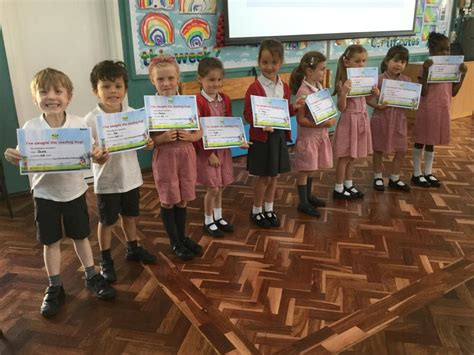 CYP Lower – Gold Reading certificates and Bug Club